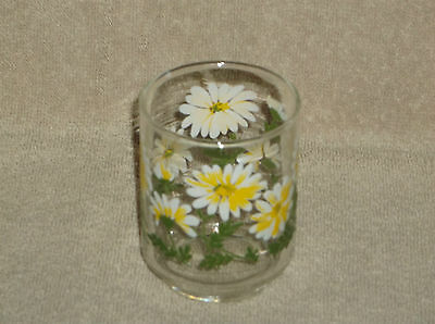 """Libbey Glass Clear Glass Tumbler with Raised Relief Daisies 3"""" Juice Glass"""