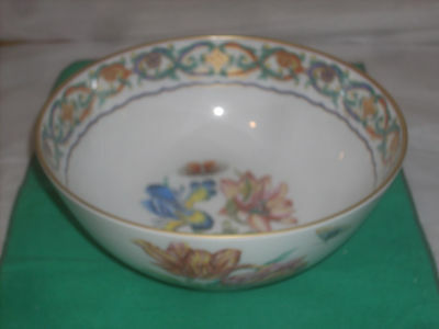 """Mottahedeh Merian Service 9"""" round bowl 4""""deep new perfect condition fine china"""