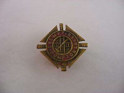 Rare Antique Vintage Lapel Hat Pin Pinback: Fireman EXEMPT POMPTON LAKES