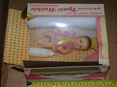 New Arrival Tynie Ruthie Drink & Wet Horsman Physically Correct Doll Baby Toy