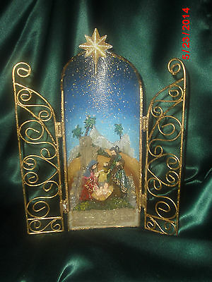 Metal 3-D NATIVITY SCENE Table Top Display Golden Gates Open to Colorful Figures