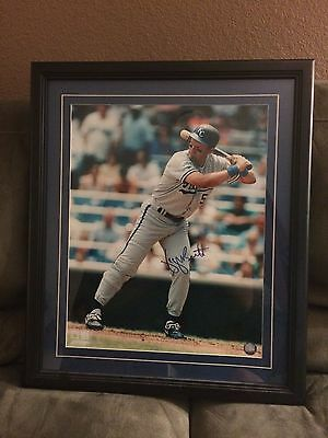 George Brett: Official MLB framed 16x20 Autographed Photo (With Authenticity)