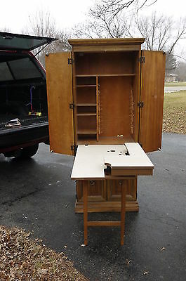 Singer Sewing Machine Cabinet Model 280 Space Saver very rare