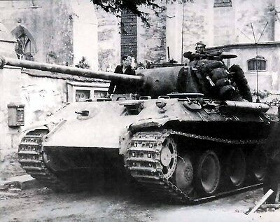 """German Panther Tank in action 8""""x 10"""" World War II Photo Picture #97"""