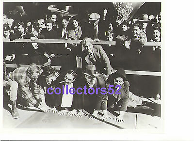 MARX BROTHERS GRAUMAN'S CHINESE THEATRE FOOTPRINT HANDPRINT 1933 VINTAGE PHOTO