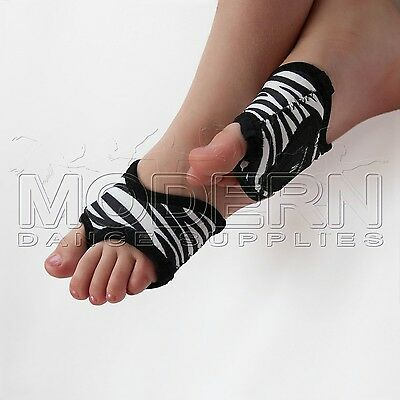 Dance Foot Thongs Foot undies ZEBRA