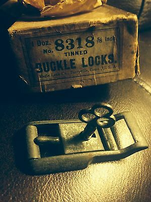 Old Belt Buckle Lock Key Eagle Ct Usa Prison Chaingang Handcuff Cuckhold S&m Tie