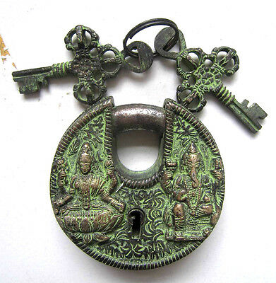 Chinese bronze ancient lock round with keys Buddha old collectibles