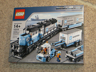 Lego 10219 Creator Maersk Train 1234 pcs retired brand new MISB