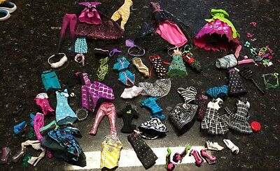 Huge Lot Monster High Accessories Clothes Dolls Shoes Large Lot
