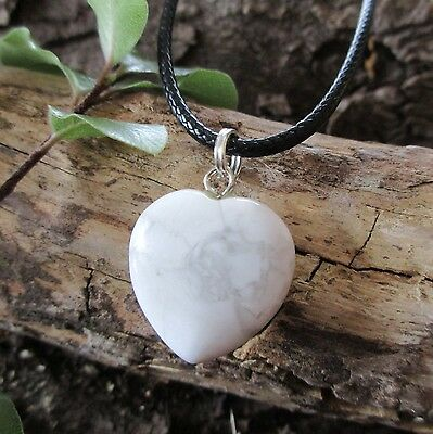 WHITE HOWLITE Crystal Heart CALMING STONE Anger Stress Gemstone Pendant Necklace
