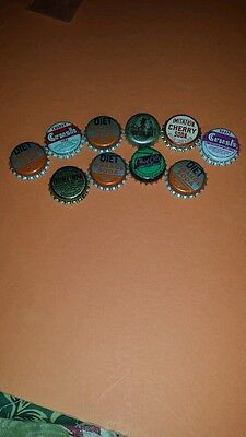 10  VINTAGE CORK BOTTLE CAPS from different SODA VERNOR'S 'See Pictures great
