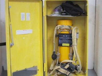 Scott  30 Min Self Contained Breathing Apparatus Kit w/Encon Wall Cabinet