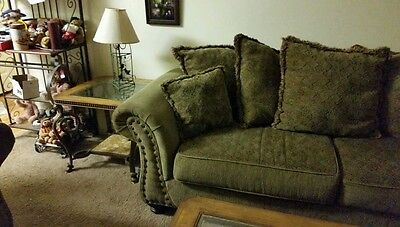 Sofa and oversized chair, coffee table, end table all for $500 must pick-up
