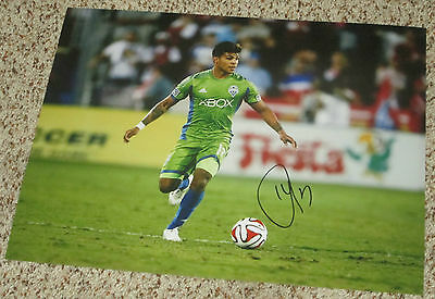 DeAndre Yedlin Signed 11x14 Photo with proof