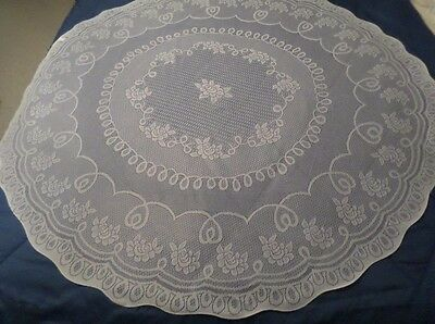 VINTAGE QUAKER LACE IVORY ROUND ROSE FLORAL SCALLOP POLY TABLECLOTH 70 IN NWT