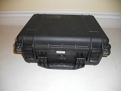 "PELICAN 1450  WATERTIGHT CRUSHPROOF ""GENTLY USED""  Camera Hard Case w/ Foam"