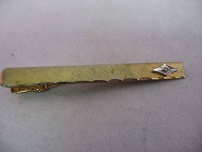 Textured Gold Tone Bar w/ Clear Jewel Fancy Tip Vintage Mens Tie Bar Clip