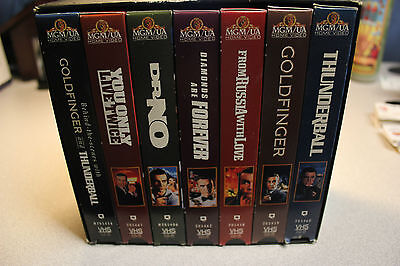 DELUXE EDITION JAMES BOND 007 (7) TAPE GIFT SET - VHS 1995