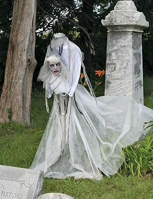 """HALLOWEEN ANIMATED WITCH PROP DECORATION HAUNTED HOUSE 60"""" SCARY VOLATILE VIOLET"""