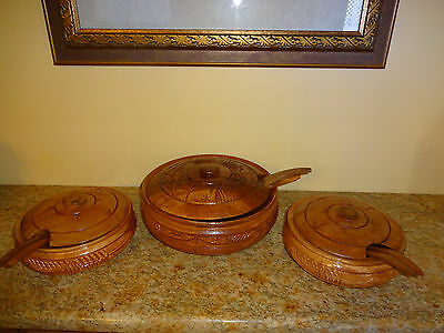 Lot Vintage  Hand Carved Bowl Beautiful Mahogany Wood Bowl with Lid +ladles