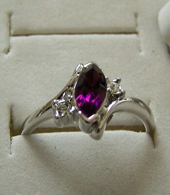 SIZE:7 ~ OVAL  ~ AMETHYST ~ 18KGP~ WHT ~ GOLD ~RING  -- (GREAT_CHRISTMAS_GIFT)