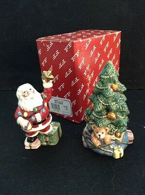 Fitz & Floyd  Christmas Santa Trimming Christmas Tree Salt & Pepper Shakers 1994
