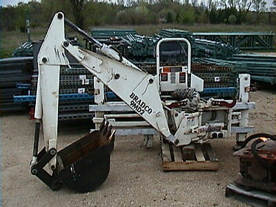 Bradco 9MD2 Skidsteer Attachment w/Sideshift 9' Reach x 12' Deep,ONLY USED 3 HRS