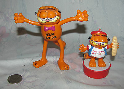Lot of 2 Vtg United Features West Germany Garfield Bully figures Pvc Bendy 1981