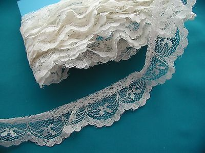 Vintage gathered lace pale ivory 3 5/6 yards 1 inch wide