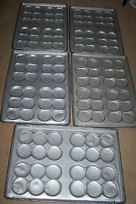 "Hamburger Bun / Roll Bake Pan Cluster 4"" Recently Glazed no Stick Pan lot of 5"