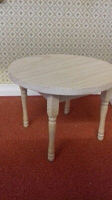 Streets Ahead 1/12th scale Dolls House Round Wooden Table New & Boxed BEF066