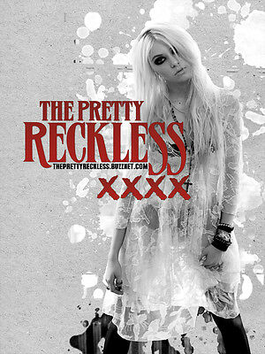 Taylor Momsen Pretty reckless Poster Reproduction 11 x 17 inches
