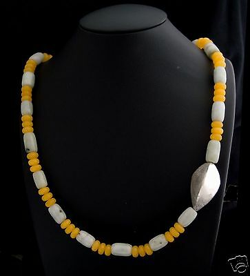 Beautiful 21 Light Green and 57 Yellow Jade Necklace with Sterling Silver 925