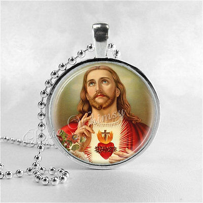 SACRED HEART of JESUS Christ Necklace, Christian Jewelry, Glass Photo Art Neckla