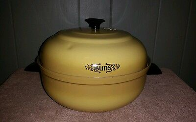 Vintage Mirro Aluminum Buns Warmer in Harvest Yellow
