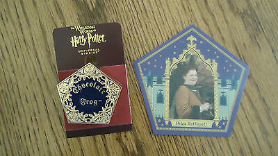 The Wizarding World of Harry Potter: Chocolate Frog Pin + Hufflepuff 3D Card