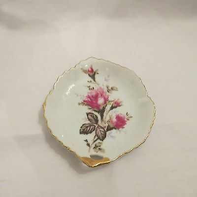 Occupied Japan Small Dish White With Rose In The Center Gold Trim