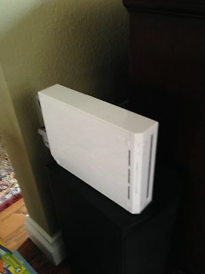 Nintendo Wii White Console (NTSC) and 11 games!
