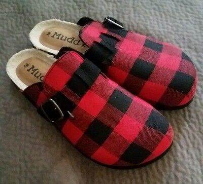 Buffalo plaid black red size 10 slides flats