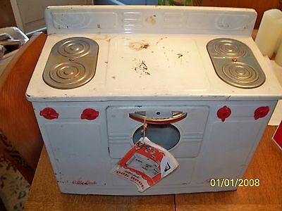 "Vintage 1950's"" Little Maid "" Electric Stove & Original Cookbook GVC ""It Works"""