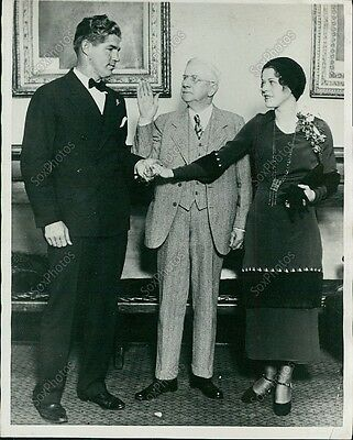 "T24 1930 Art ""The Great"" Shires Wedding Ceremony Couple Original Press Photo"