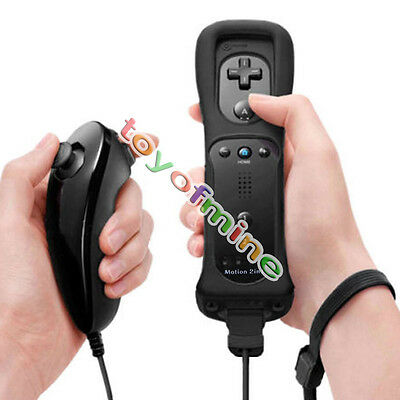 Wiimote Built in Motion Plus Inside Remote + Nunchuck Controller For Wii Black