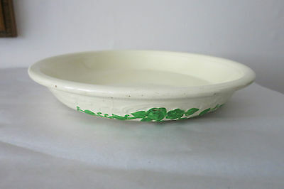 """Homer Laughlin Oven Serve 10.5"""" Ivory Bowl/Pie Dish w Green Roses Pattern"""