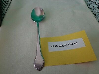 Wm. A. Rogers Deluxe Stainless Oneida LTD Table Spoon  Tablespoon