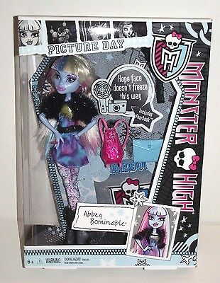 Monster High Abbey Bominable Picture Day New in Box