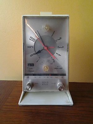 ARVIN ELECTRIC TRANSISTOR CLOCK RADIO ( RARE) IN WORKING CONDITION