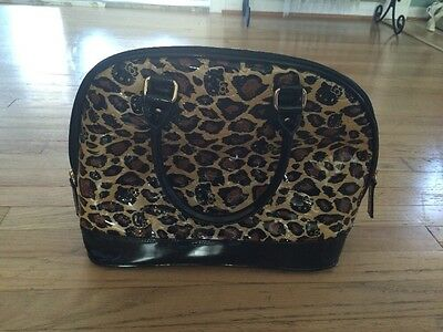 LOUNGEFLY HELLO KITTY LEOPARD PATENT EMBOSSED TOTE BAG ( Brand New )
