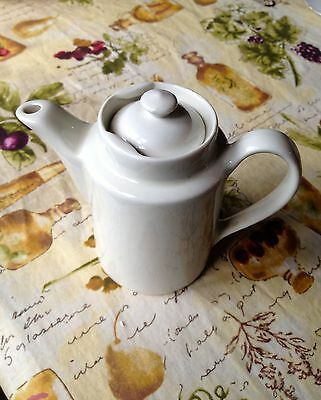 """VINTAGE HALL IVORY TEAPOT WITH LID 5.5"""" X 6.5 including handle"""