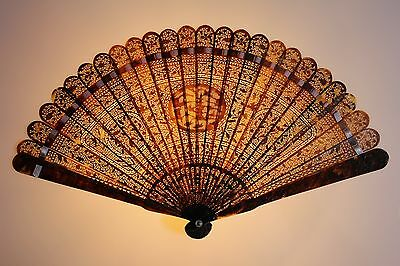 VERY FINE 18TH C.CENTURY CHINESE CANTONESE FOR EXPORT CARVED FAN